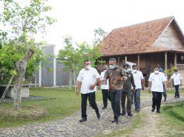 Kunker ke Tubaba, Wakil Bupati Sarolangun Tinjau Peternakan Sapi Limosin dan Sejumlah Lokasi Wisata