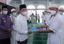 Lantik Kepengurusan Masjid Al-Aqobah II Kec. Sako, Ratu Dewa Berpesan Jalankan Amanah Umat