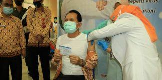 Tepis Berita Miring Soal Vaksin, Wali Kota Prabumulih Bersama Forkopimda Lakukan Vaksis Pertama Kali