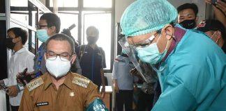 Jalani Vaksinasi Tahap Kedua, Wali Kota Pagaralam, Alpian Maskoni Mengaku lebih Rilex dan Tenang