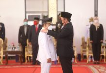 Gubernur Sumsel Lantik Kuryana Azis dan Johan Anuar Bersama 6 Kepala Daerah Terpilih Lainnya