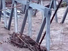 Jembatan Ponton Masih Tahap Pembangunan, Ambruk dihamtam Derasnya Sungai Musi