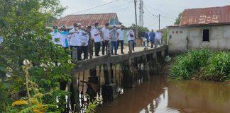 Soal Banjir, Sembari Minta Persetujuan Lahan Warga. Fitri Berencana Alirkan Saluran Air ke Anak Sungai Bidaro
