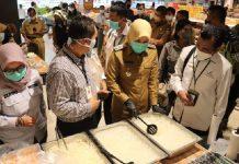 Sidak Pasar Tradisional Sekip Ujung, Fitri Bersama BPOM Palembang Temukan Makanan Terindikasi Mengandung Formalin