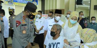 Kapolda Sumsel Tinjau Vaksinasi Lansia di Gedung Dharma Wanita Muba