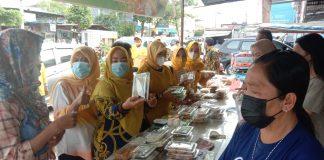 Dalam Setengah Jam, 400 Takjil Ludes Dibagikan Kader dan Pengurus DPD Golkar Prabumulih