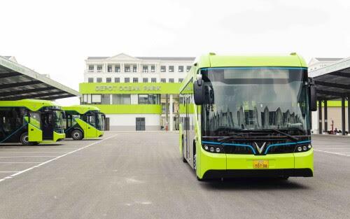 VinBus Resmi Mengoperasikan Bus Listrik Cerdas Pertama Di Vietnam