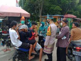 Gelar Aksi Patuhi Prokes Covid-19, Kelurahan Prabujaya Bagikan Masker untuk Warga