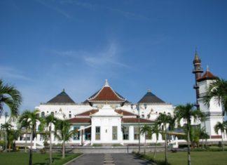 Zona Merah, Masjid Agung Palembang Batasi Jemaah Salat Ied