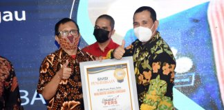 Wali Kota Lubuklinggau H SN Prana Putra Sohe Dianugerahi Sahabat Pers