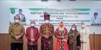 Hadiri Ramah Tamah, Ketua Pengadilan Tinggi Medan Dapat Surprise dari Bupati Asahan dan Forkopimda