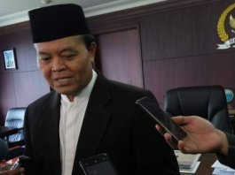 Tuntut Keadilan Hukum untuk Habib Rizieq dan Ust Adi Hidayat, HNW: Jangan Lagi Hadirkan Diskriminasi Hukum