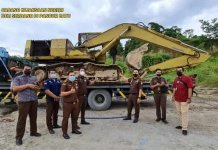 Kesal BB Masih Dioperasikan, Kacabjari Pancur Batu Sita Excavator Terdakwa