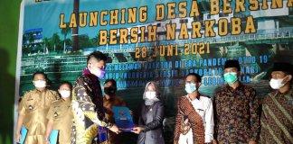 Peringati HANI 2021, Bupati OKU Timur – BNNK Launching Desa Bersinar Desa Muncak Kabau